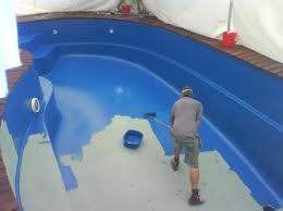 ¿Que pintura tengo que utilizar para la piscina?